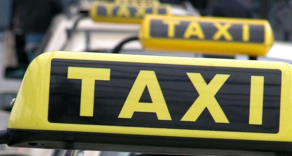 Как стать водителем такси