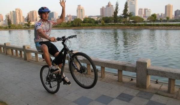 Как научиться ездить на велосипеде